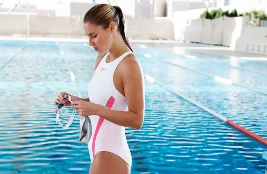 купальник для бассейна фото